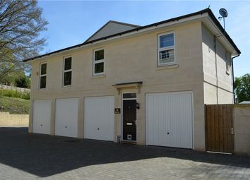 2 bed flat to rent in Rennie Close, Bath BA2
