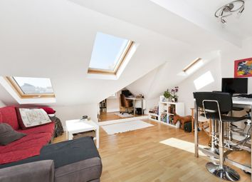 Thumbnail 1 bed flat to rent in Kimberley Road, Clapham North, London