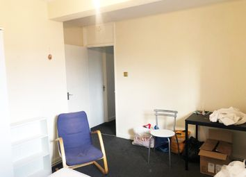 Thumbnail 4 bed flat to rent in Jubilee Street, London