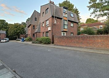 Thumbnail 1 bed flat for sale in Somercoates Close, Barnet