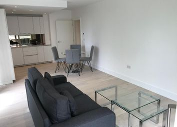 Thumbnail 1 bed flat to rent in Claremont House, 28, Quebec Way, Canada Water, London