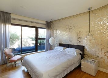 Thumbnail 2 bed flat for sale in Queensmere Road, Wimbledon