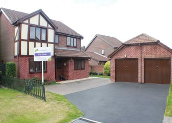 Thumbnail 4 bedroom property for sale in Chine Close, Locks Heath, Southampton
