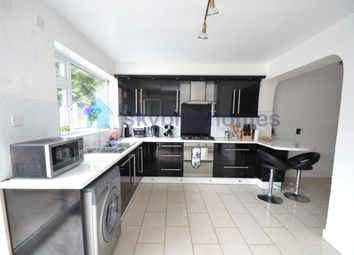 Thumbnail 5 bed detached house to rent in Severn Road, Leicester