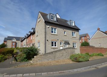 Thumbnail 4 bed town house to rent in Strouds Close, Old Town, Swindon