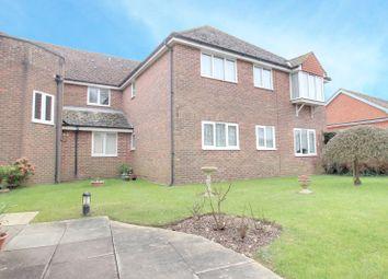 2 bed flat for sale in Richmond Court, Sea Lane, Littlehampton, West Sussex BN16