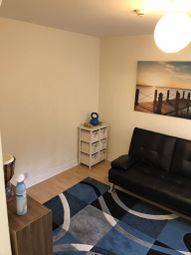 Thumbnail 1 bed flat to rent in Anstey Road, Reading