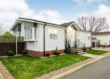 2 bed mobile/park home for sale in Bramble Close, Attleborough NR17