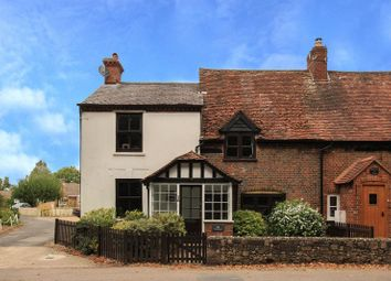 Thumbnail 3 bed cottage for sale in London Road, Aston Clinton, Aylesbury