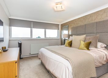 Thumbnail 2 bed flat to rent in Grove Hill, South Woodford