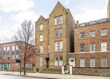Thumbnail 1 bed flat for sale in Triangle Estate, Kennington Lane, London
