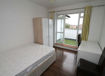 Thumbnail 2 bed flat to rent in Oak Lane, East Finchley