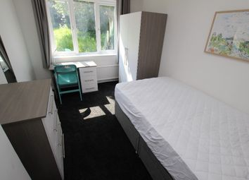 Thumbnail Room to rent in Delamere Road - Room 2, Reading