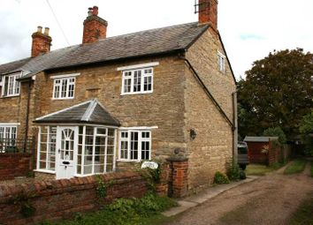 Thumbnail 2 bed cottage to rent in High Street, Turvey, Bedford