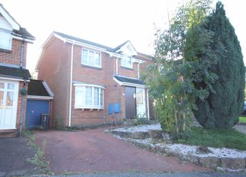 Thumbnail 3 bedroom detached house to rent in Farriers Way, Uckfield