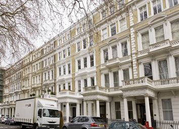 Thumbnail 3 bed flat to rent in Courtfield Gardens, London