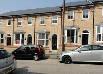 Thumbnail 2 bed town house to rent in Norwood Street, Scarborough