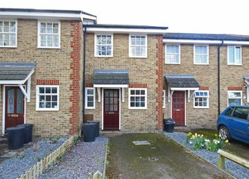 Thumbnail 2 bed property to rent in Oakshaw Road, London