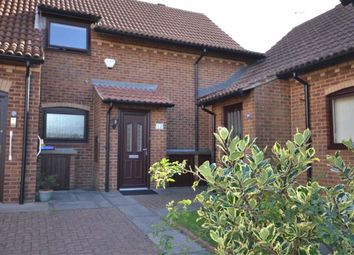 Thumbnail 2 bed flat for sale in Kings Court, Grimsby