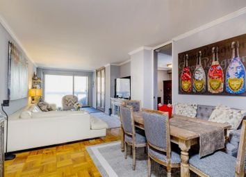 Thumbnail 2 bed apartment for sale in 300 East 40th Street 19C, New York, New York, United States Of America