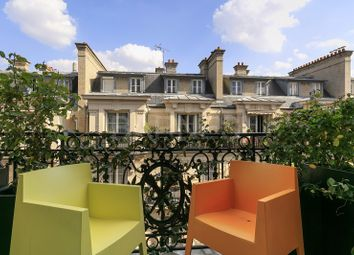Thumbnail 2 bed apartment for sale in Neuilly Sur Seine