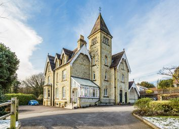 Hill House Drive, Reigate, Surrey RH2. 2 bed flat for sale