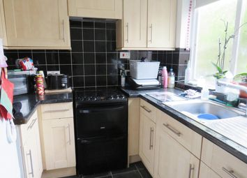 2 bed maisonette to rent in Bassett Crescent West, Southampton SO16