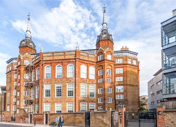 Thumbnail 3 bed flat to rent in 36 Hornsey Road, Islington
