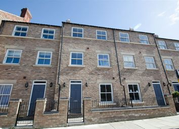 Thumbnail 4 bed town house to rent in Pulleyn Mews, York