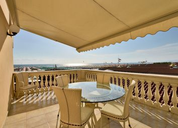 Thumbnail 2 bed town house for sale in Viareggio, Lucca, Tuscany, Italy
