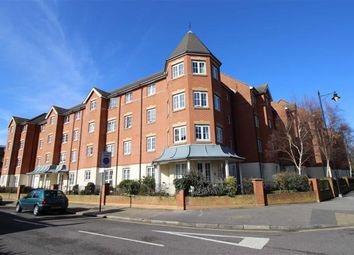 Thumbnail 2 bed flat for sale in Queens Crescent, Southsea