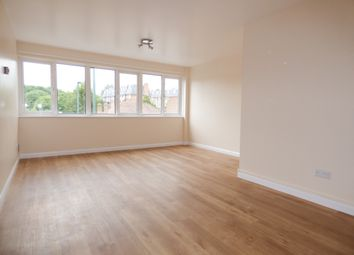 Thumbnail 2 bed flat to rent in Church Hill Road, East Barnet