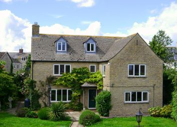 Thumbnail 4 bed detached house to rent in West End Gardens, Fairford