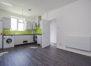 Thumbnail 2 bed flat to rent in Central Parade, Central Avenue, West Molesey