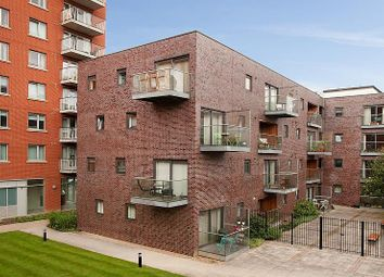 Culverin Court, 2 Hornsey Street, London N7. 1 bed flat for sale