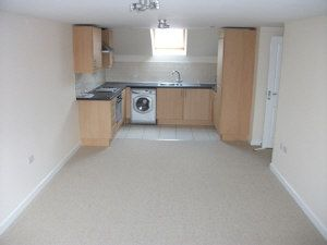 Thumbnail 2 bed flat to rent in Corn Street, Witney