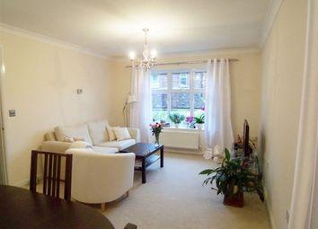 Thumbnail 2 bed flat to rent in Barretts Road, Dunton Green, Sevenoaks