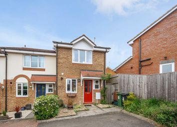 Thumbnail 2 bed detached house to rent in Tortoiseshell Way, Northchurch, Berkhamsted