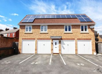 2 bed link-detached house for sale in Archdale Close, Chesterfield, Derbyshire S40