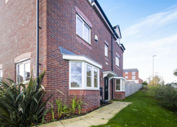 Thumbnail 4 bedroom detached house for sale in Howieson Court, Nottingham