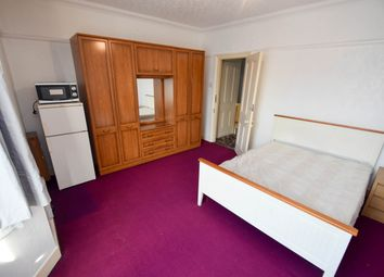 Thumbnail Room to rent in High Street, Ponders End, Enfield