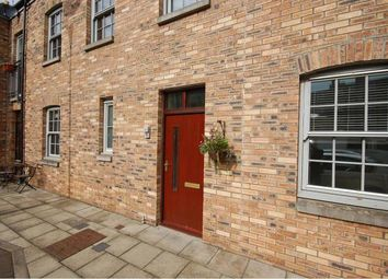 Thumbnail 2 bed mews house to rent in Iona Street Lane, Edinburgh