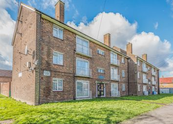 Barnhill Court, Welbeck Avenue, Hayes, Middlesex UB4. 2 bed flat for sale