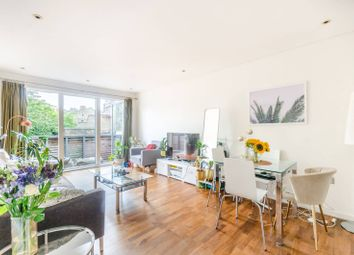 2 bed flat for sale in Balham Grove, Balham, London SW12