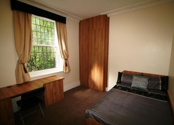 Thumbnail 6 bed flat to rent in Flat 2, 3 Victoria Road, Hyde Park