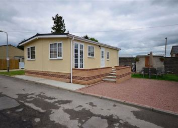 Thumbnail 3 bedroom mobile/park home for sale in Greenacres Mobile Home Park, Flaxley Road, Selby