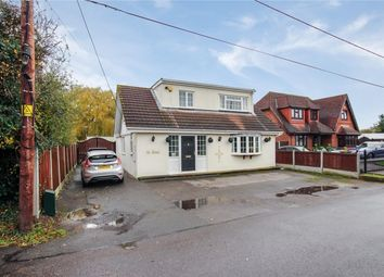 Thumbnail 3 bed detached house for sale in Windsor Road, Bowers Gifford