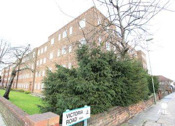Thumbnail 2 bed flat to rent in Burnham Court, London