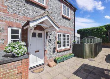 Queen Street, Arundel, West Sussex BN18. 3 bed cottage