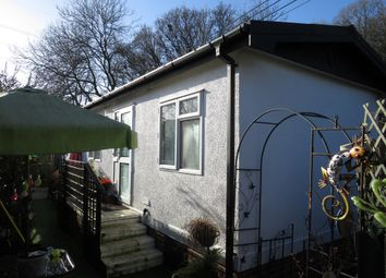 Thumbnail 1 bedroom mobile/park home for sale in Bishopstoke Lane, Brambridge, Eastleigh